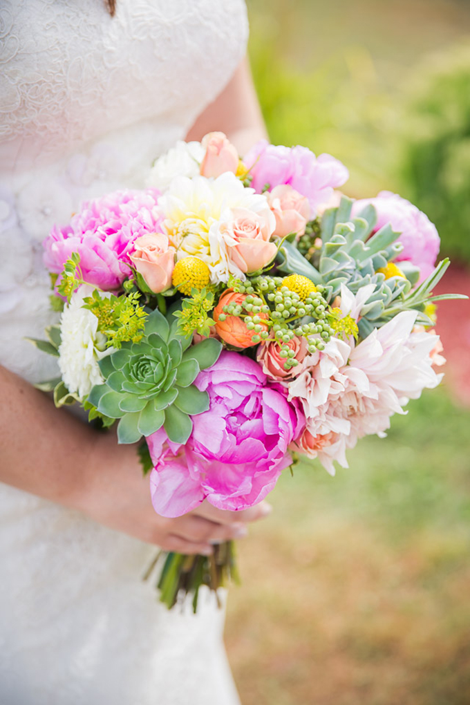 peony and succulent bouquet | Jaclyn Schmitz Photography | Glamour & Grace