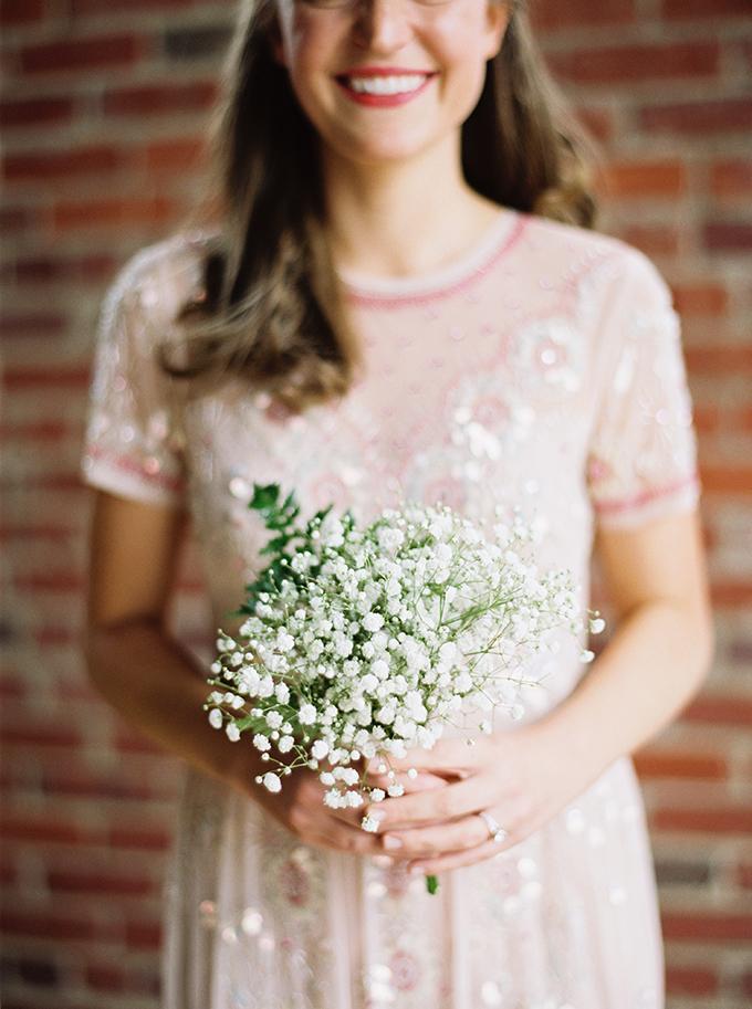 baby's breath bouquet | JoPhoto | Glamour & Grace