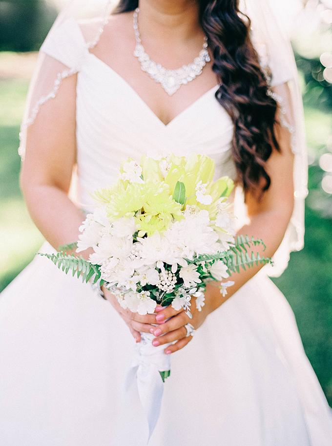 yellow bouquet | Nikki Santerre Photography | Glamour & Grace
