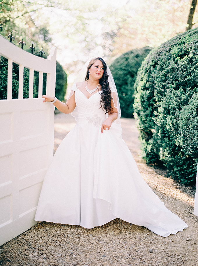 heirloom bridal portraits | Nikki Santerre Photography | Glamour & Grace