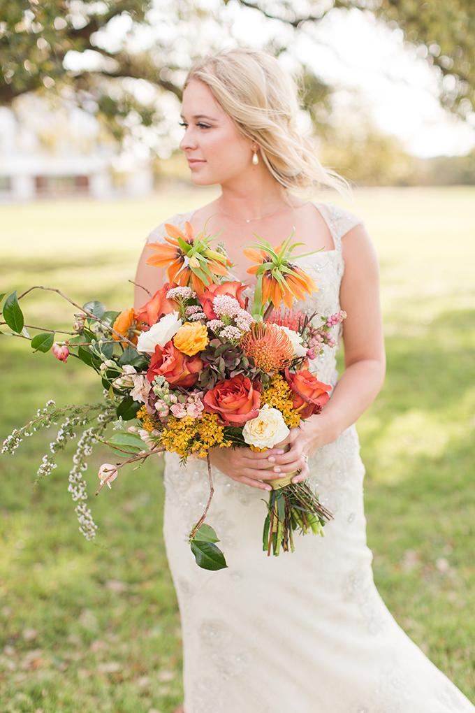 romantic orange bouquet | Meggie Taylor | Glamour & Grace