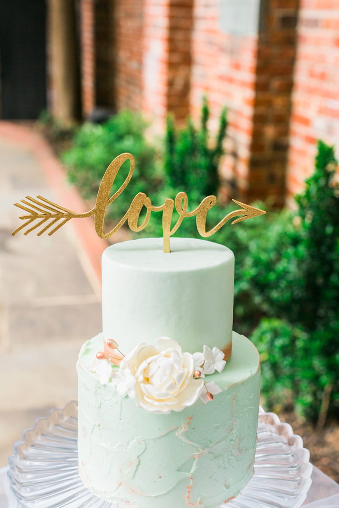 mint and gold cake | Nikki Schell | Glamour & Grace