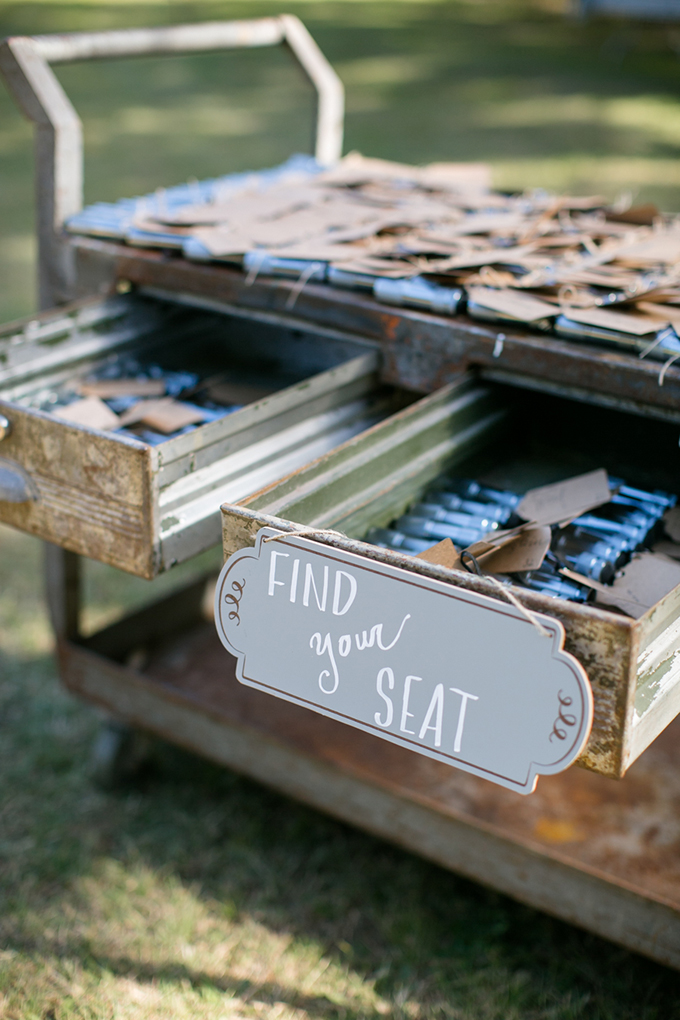 flashlight escort cards | Anna Marks Photography | Glamour & Grace