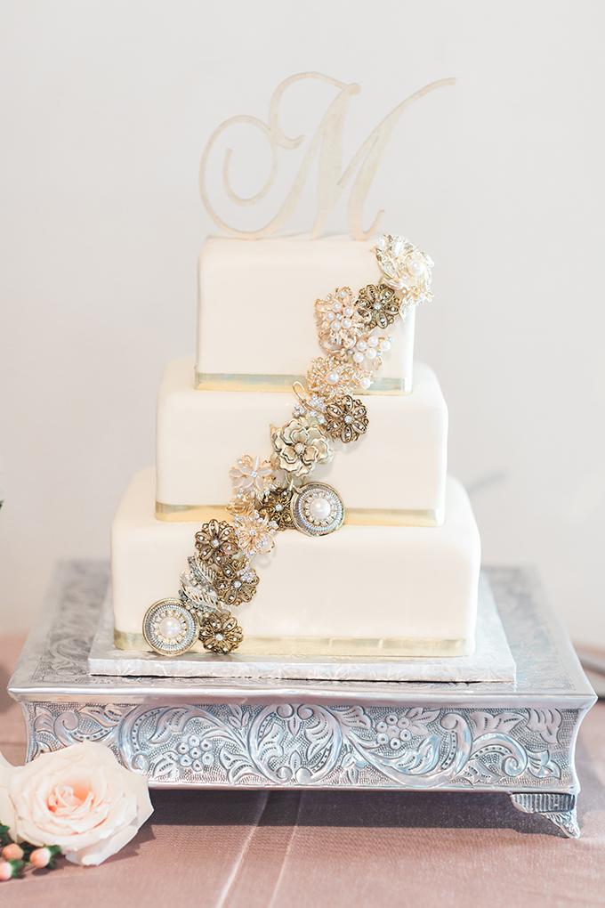 vintage white cake   Harmony Lynn Photography   Glamour & Grace