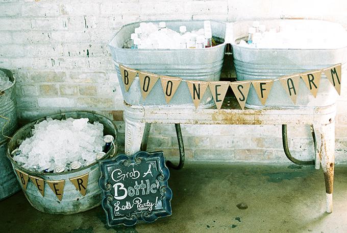 DIY rustic wedding | Karen Ann Photography | Glamour & Grace