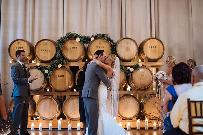blush and wine wedding | Shane Macomber | Glamour & Grace-16