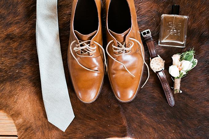 elegant cliffside Southern wedding   Cotton & Clover Photography   Glamour & Grace-12