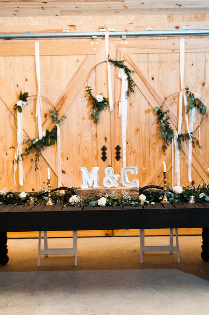 elegant cliffside Southern wedding   Cotton & Clover Photography   Glamour & Grace-38