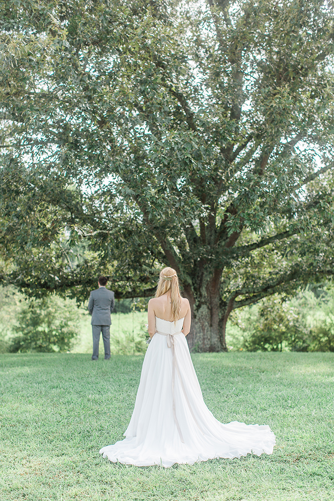 romantic farm wedding | Lindsey LaRue Photography & Makeup Artistry | Glamour & Grace-10