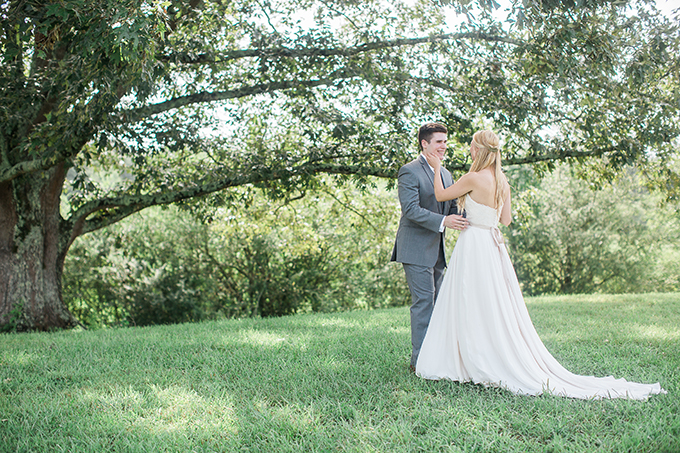 romantic farm wedding | Lindsey LaRue Photography & Makeup Artistry | Glamour & Grace-11