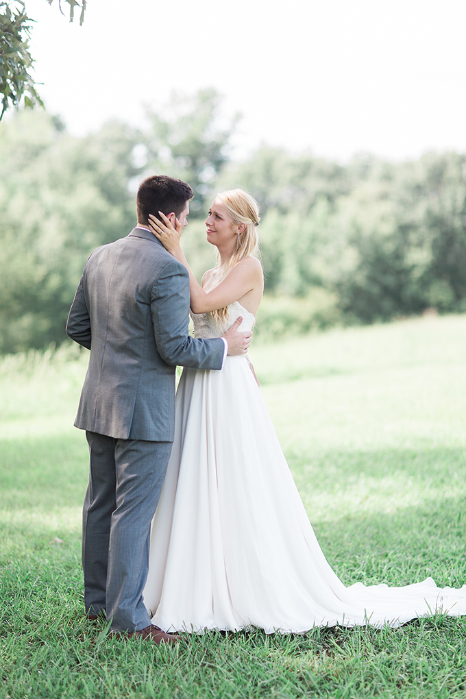 romantic farm wedding | Lindsey LaRue Photography & Makeup Artistry | Glamour & Grace-12