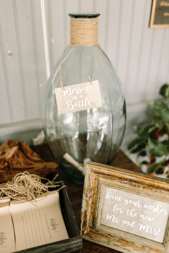 message in a bottle guest book | Lex Nelson Photography | Glamour & Grace