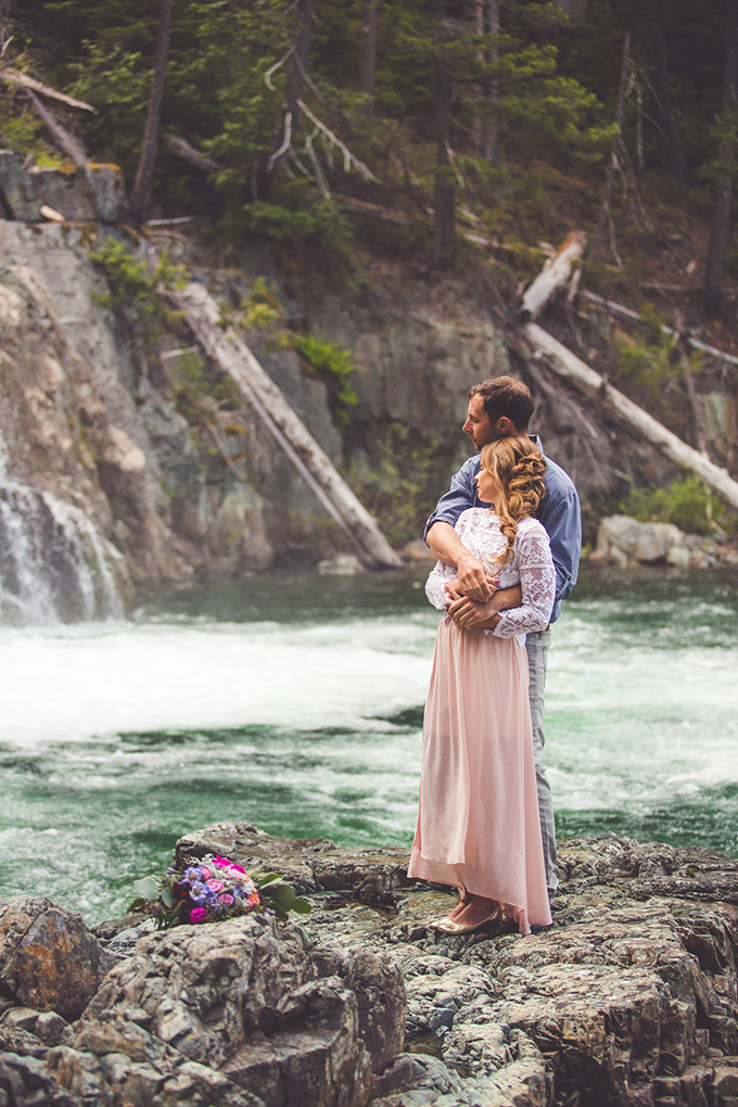 whimsical waterfall elopement | Chelsea Dawn Photography & Makeup Artistry | Glamour & Grace-06