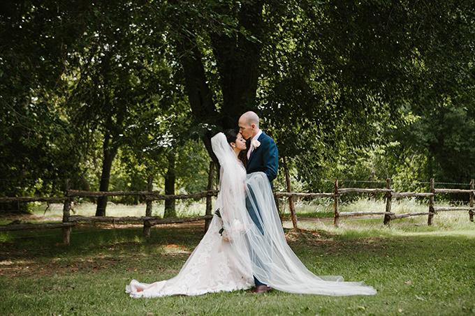 intimate lodge wedding   Jay & Jess Photography   Glamour & Grace-18