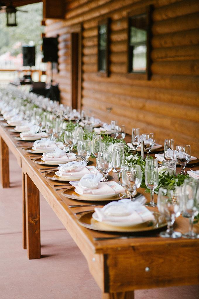 intimate lodge wedding   Jay & Jess Photography   Glamour & Grace-24