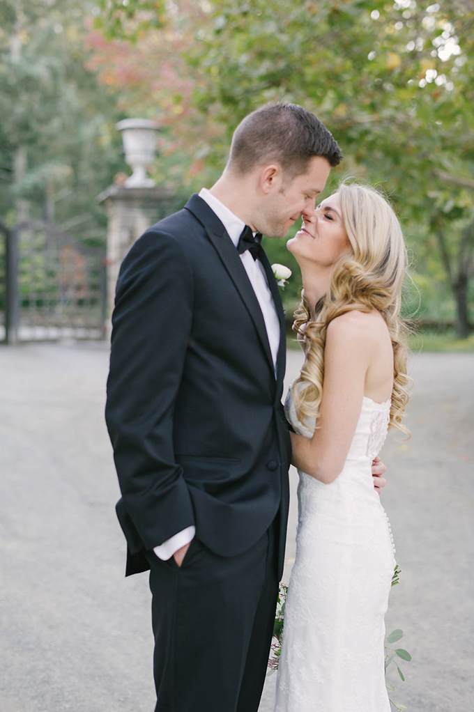 romantic Napa Valley estate wedding | Jordan Weiland Photography | Glamour & Grace-22
