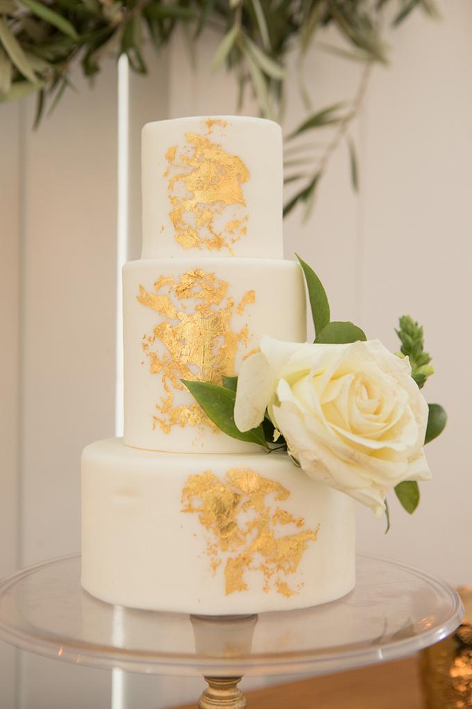 timeless farmhouse wedding inspiration   JW Baugh Photography   Glamour & Grace-16
