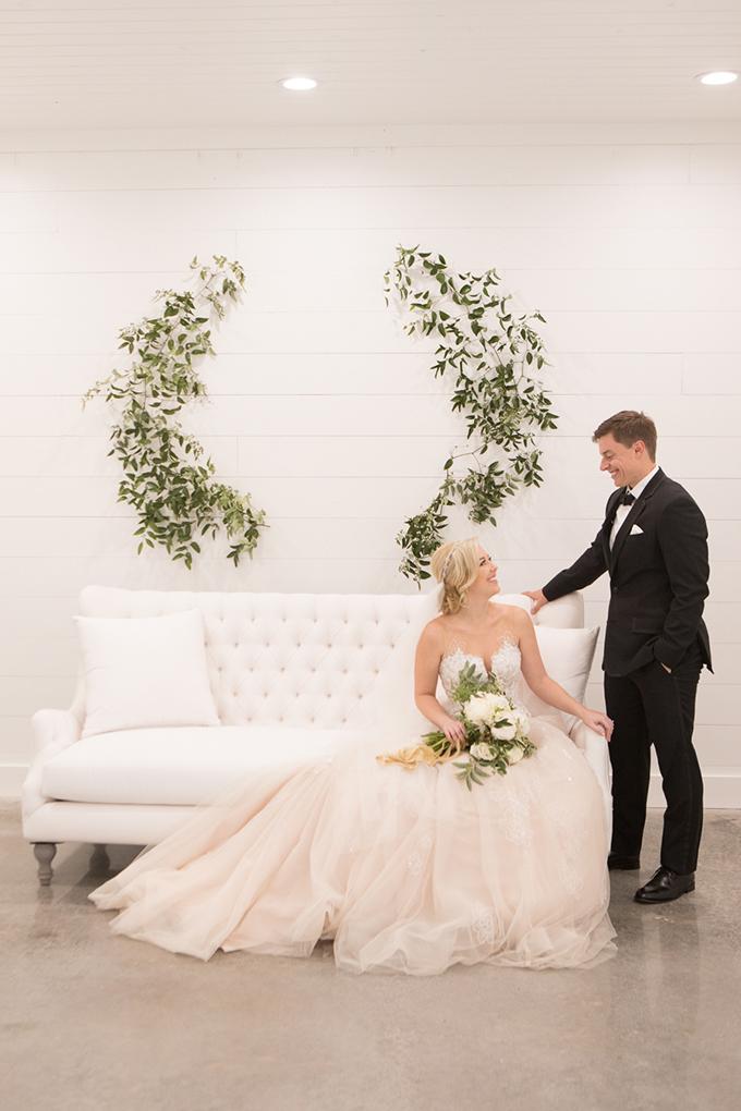 timeless farmhouse wedding inspiration | JW Baugh Photography | Glamour & Grace-19