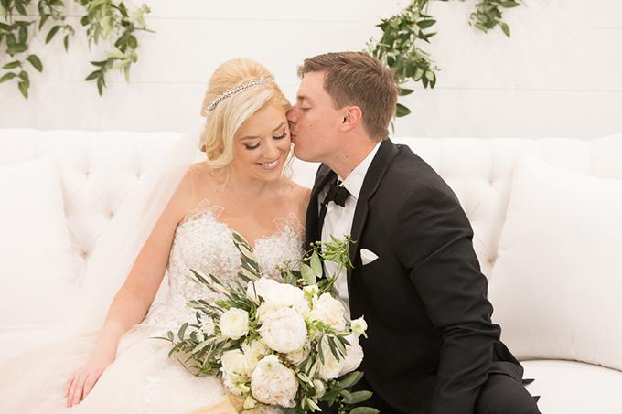 timeless farmhouse wedding inspiration | JW Baugh Photography | Glamour & Grace-20
