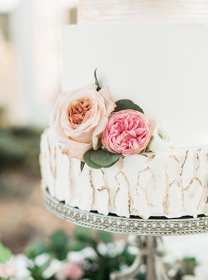 elegant Southern wedding inspiration | Tammy Odell Photography | Glamour & Grace-16