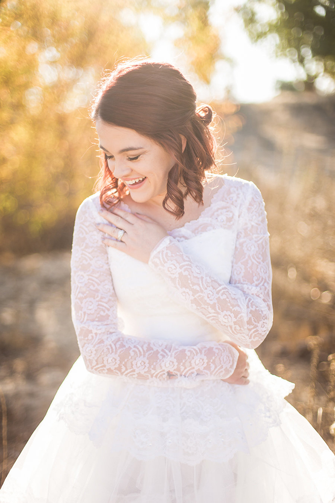 heirloom wedding dress bridal portraits | Archer Inspired Photography | Glamour & Grace-01