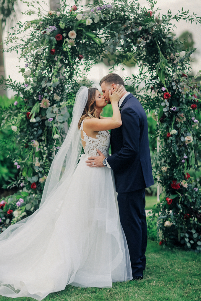 romantic elegant Florida wedding | Binary Flips | Glamour & Grace-19