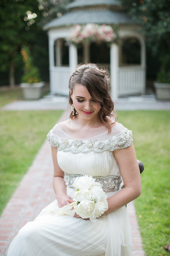 greenery wedding inspiration | Carrie Vines Photography | Glamour & Grace