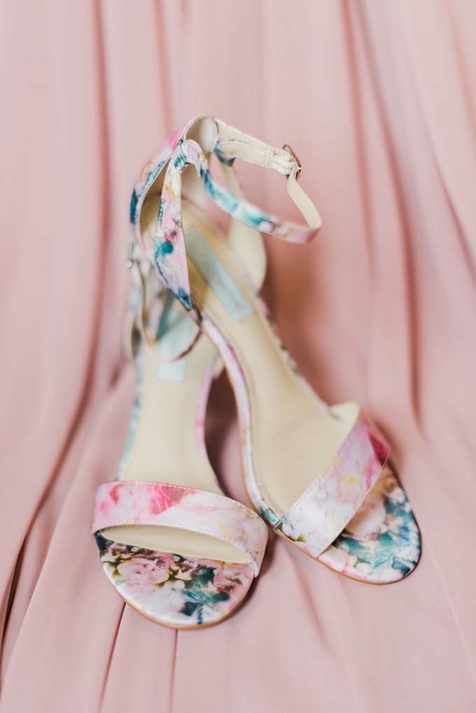 floral print shoes | Kathryn Ivy Photography | Glamour & Grace