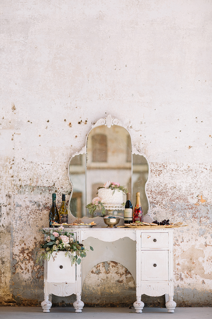romantic industrial wedding inspiration   Revival Photography   Glamour & Grace