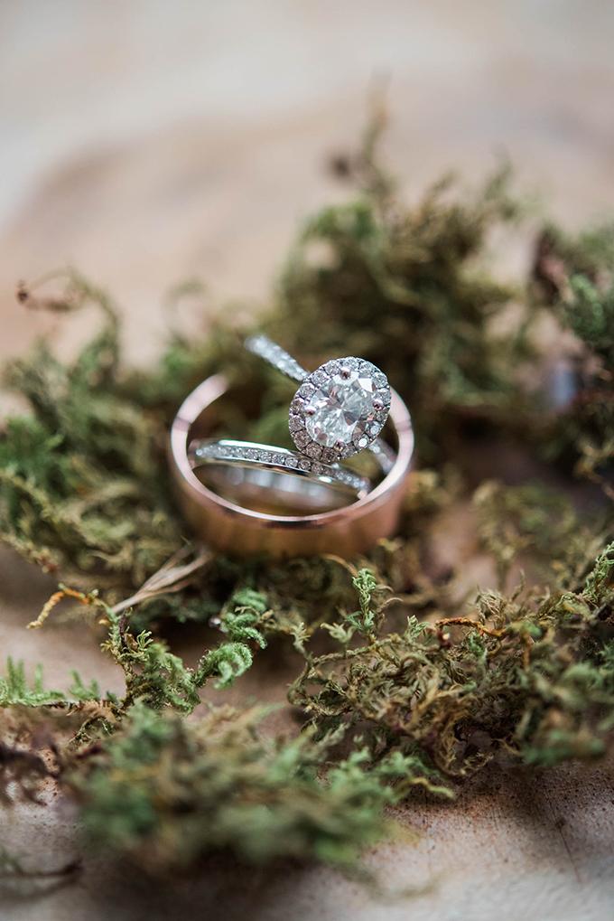 music themed #vineyardwedding | Nikki Santerre Photography | Glamour & Grace