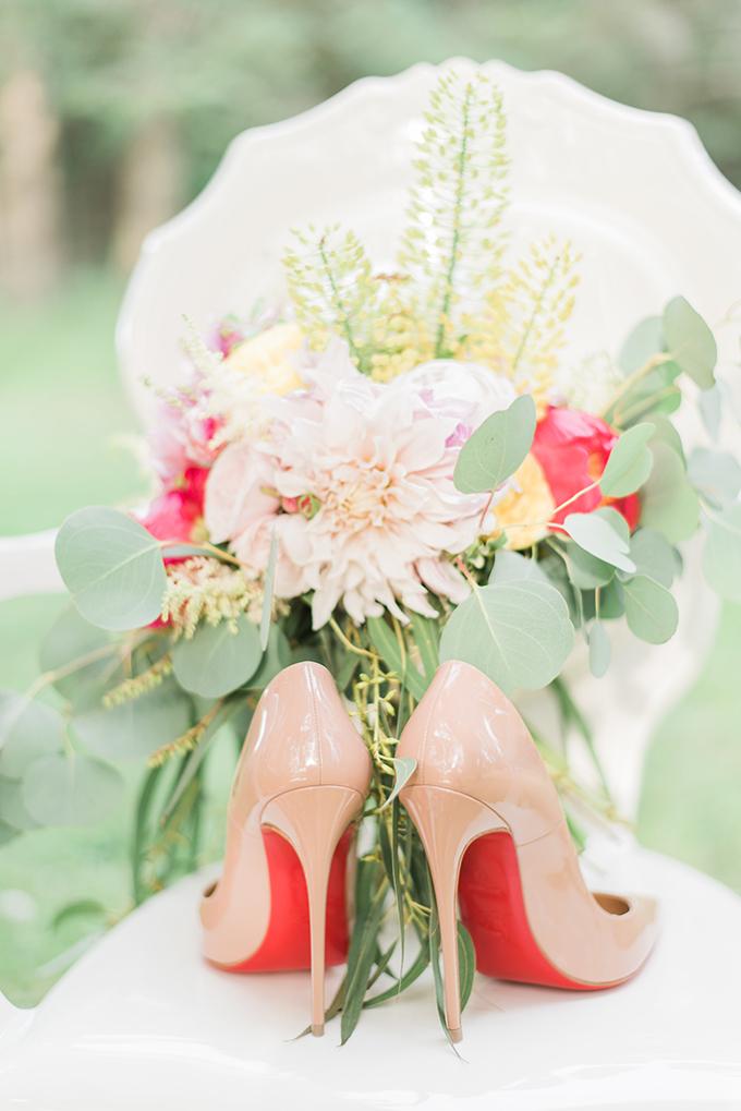 springtime garden wedding inspiration | Lula King Photo & Film | Glamour & Grace