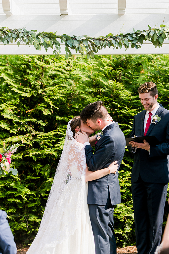 berry summer heirloom wedding | Greg Lewis Photography | Glamour & Grace
