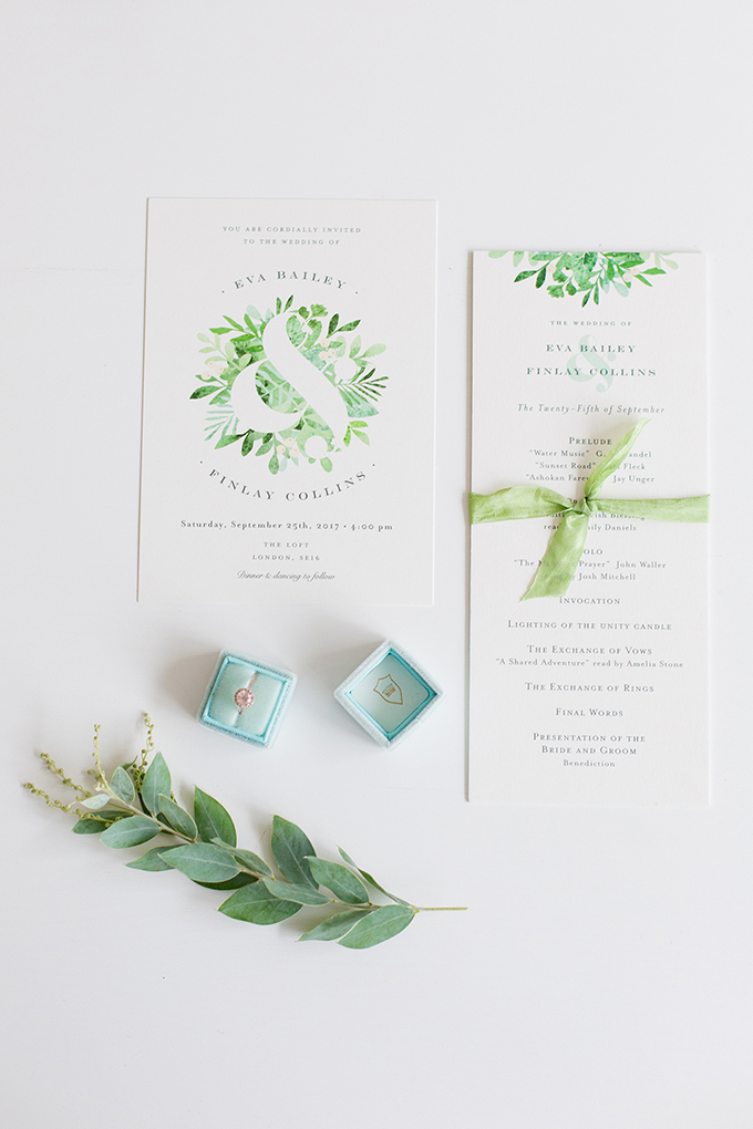greenery wedding inspiration | Minted wedding invitations | Helen Warner Photography | Glamour & Grace