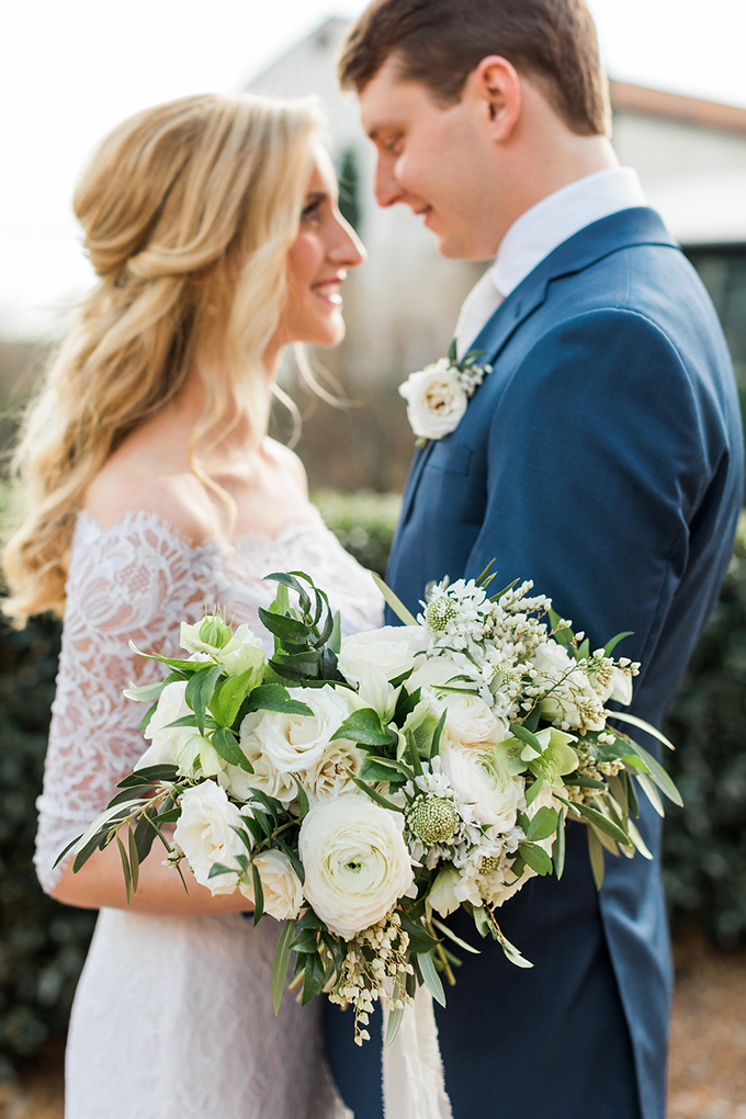 romantic neutral wedding | Rustic White Photography | Glamour & Grace