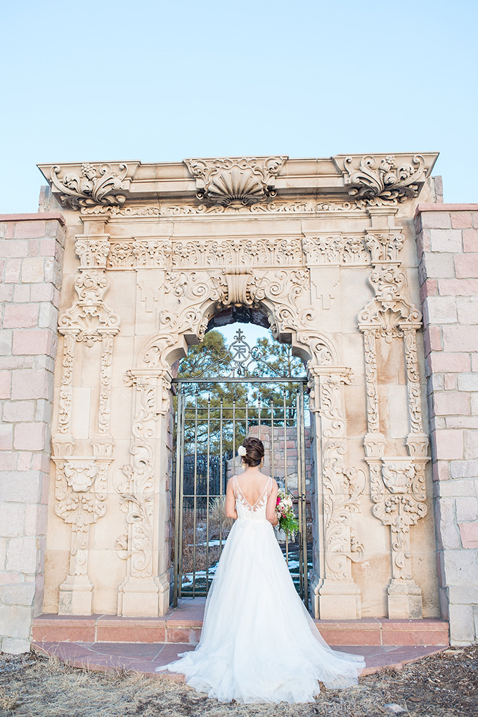 romantic castle wedding inspiration | Anna + Mateo | Glamour & Grace