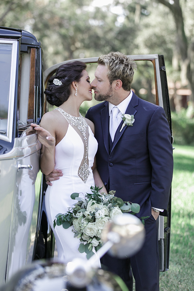 vintage farm wedding | Bumby Photography | Glamour & Grace