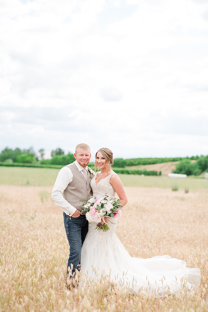 rustic farm wedding | Misty C Photography | Glamour & Grace