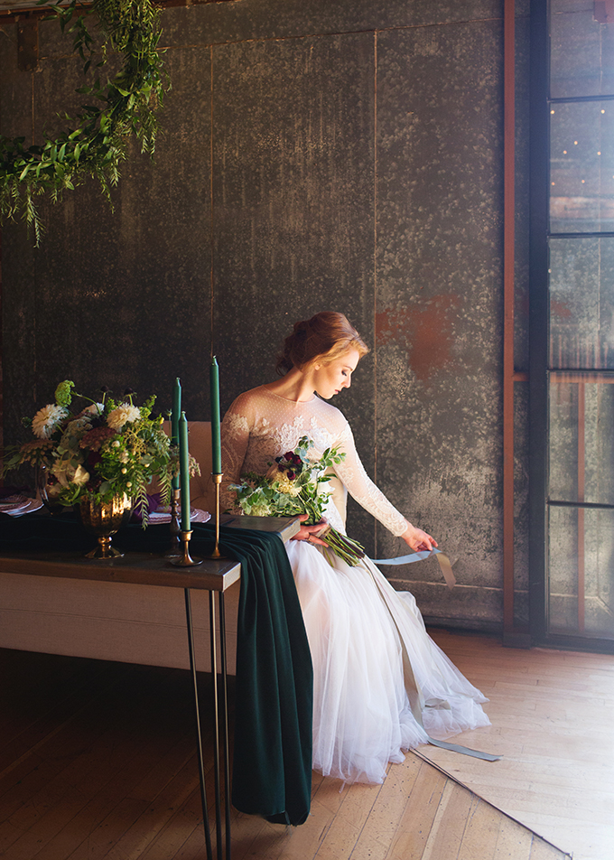 fall industrial wedding inspiration | Katherine Beth Photography | Glamour & Grace