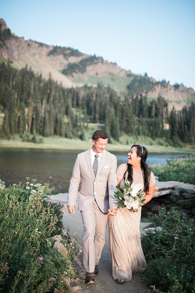 intimate mountain elopement | Jenifer Michelle Photography | Glamour & Grace
