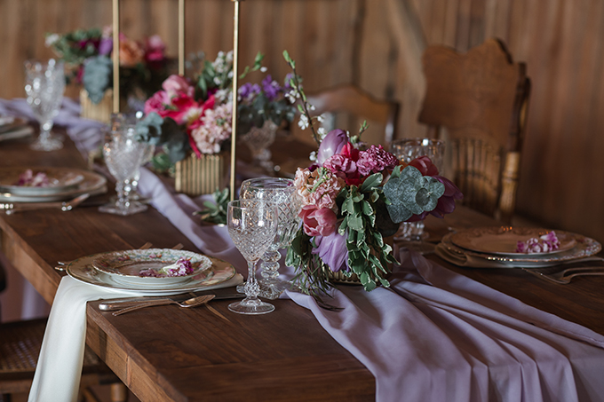romantic barn wedding ideas | Kristy Hoadley Photography | Glamour & Grace