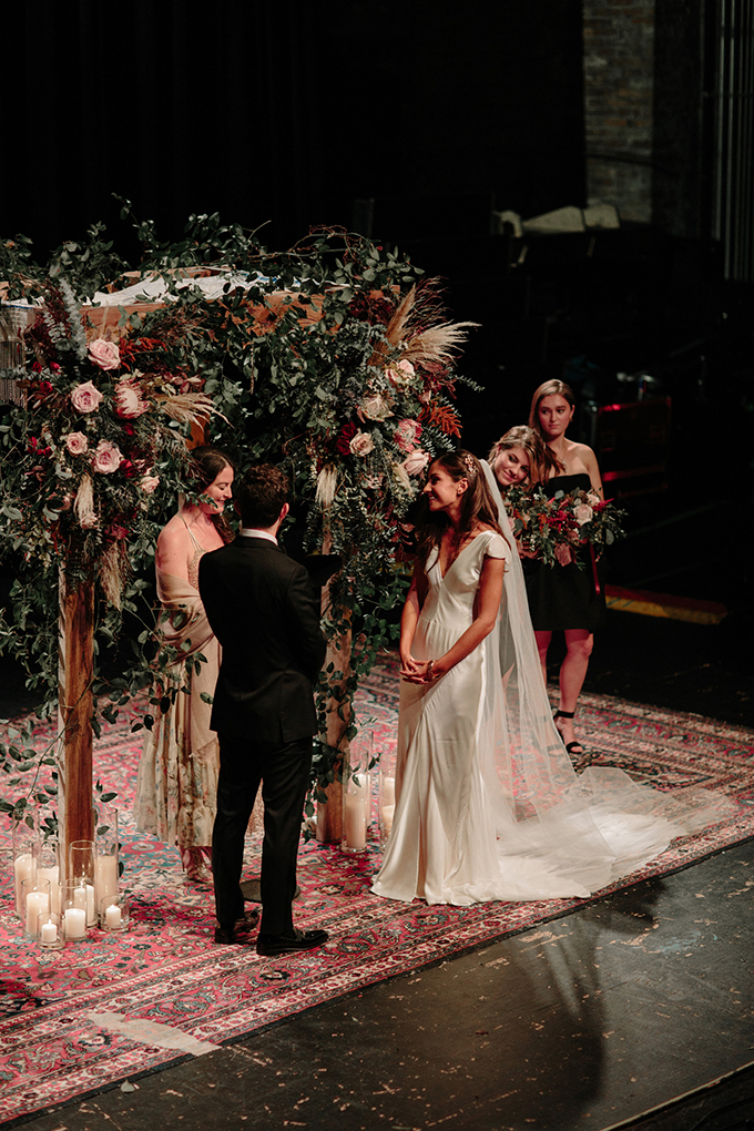 romantic vintage theater wedding | Erika Mattingly | Glamour & Grace