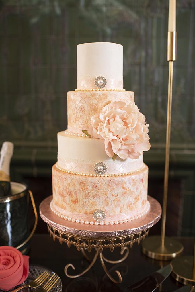 vintage glam wedding ideas | Beth Waterman Photography | Glamour & Grace