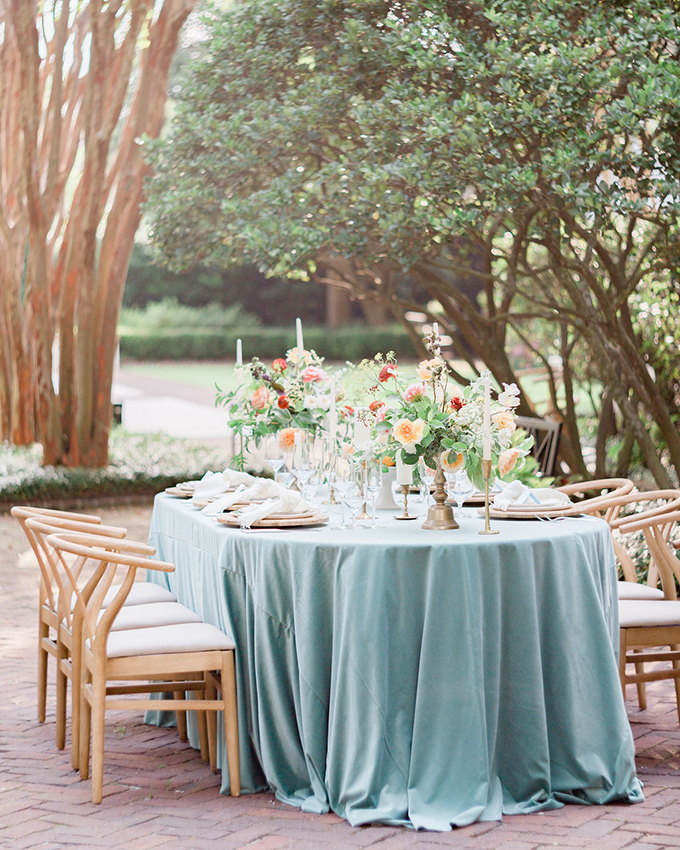 romantic Charleston garden elopement | Judy Nunez Photography | Glamour & Grace