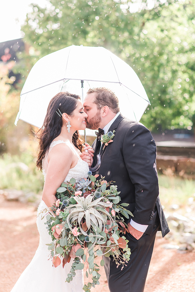 modern copper Santa Fe wedding | Maura Jane Photography | Glamour & Grace