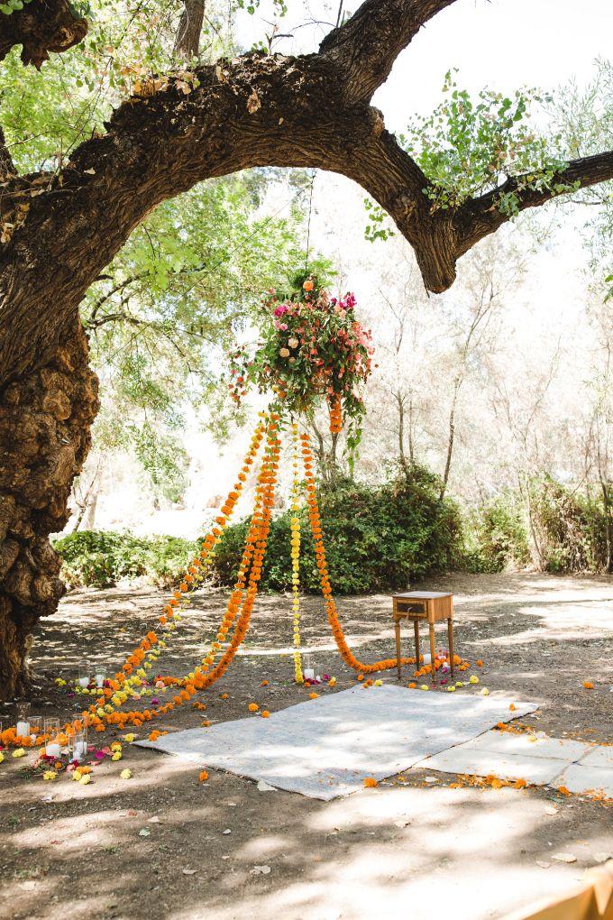 colorful backyard boho wedding | AVH Photography | Glamour & Grace