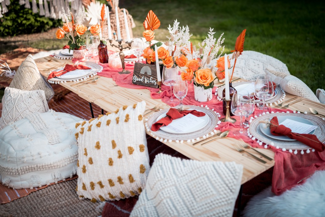Glamouraspirit dreamy backyard decor for home for dinner picnic fundraiser to benefit families at RMH BC