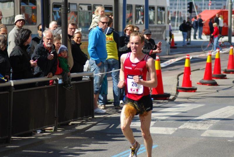 Man shits self during marathon