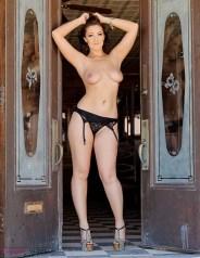 KayJay traveling model topless