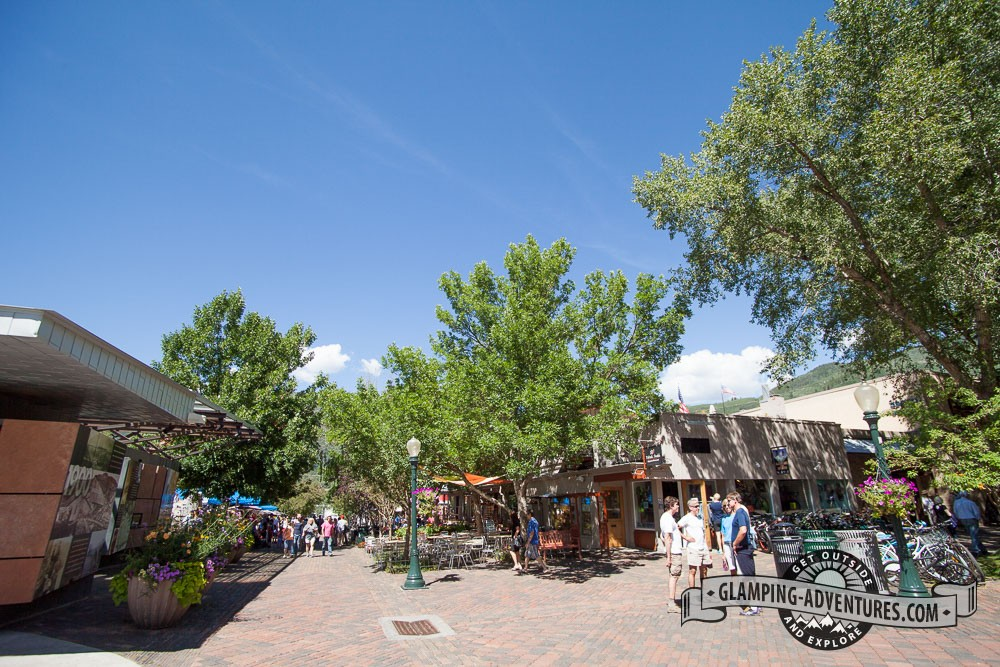 DT Aspen, pedestrian friendly streets.