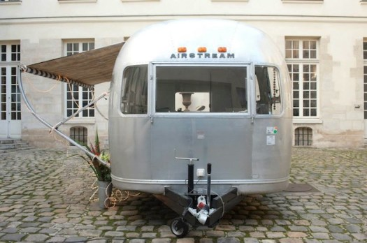 French-Nail-Truck-Airstream-Trailer-Design-2